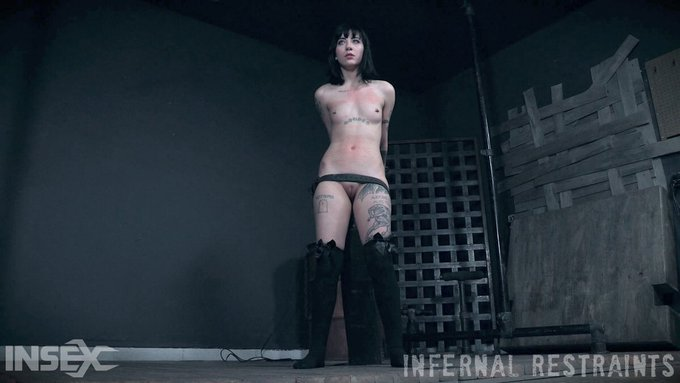 1 pic. My newest scene for @Infernal_R is out! https://t.co/FRdJsrzEFw https://t.co/gSFIJT7vo5