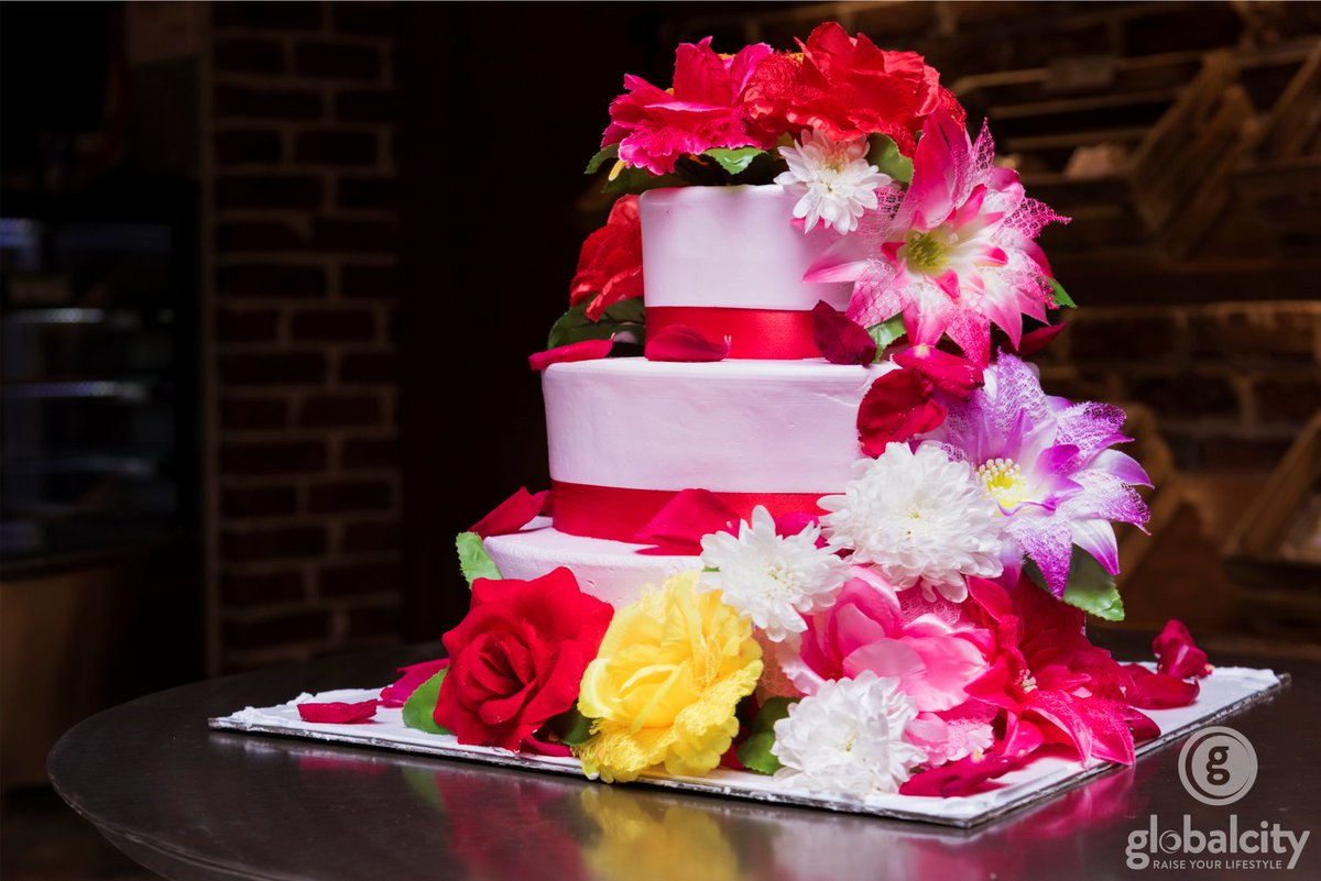 GlobalCity Surat On Twitter Swiss Whisk GhodDod Road Add - Healthy Wedding Cakes