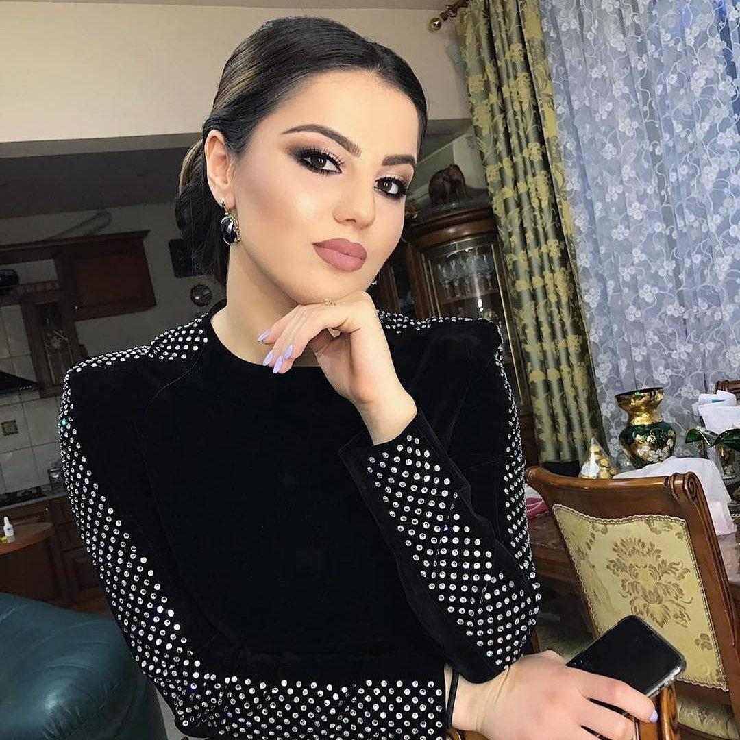 городской фото ани варданян без макияжа холодец праздничном