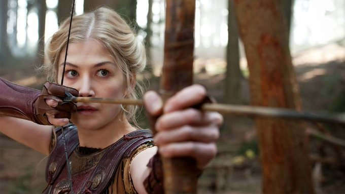 Happy Birthday Rosamund Pike, 39! I work in the entertainment industry, and I like to be entertained.