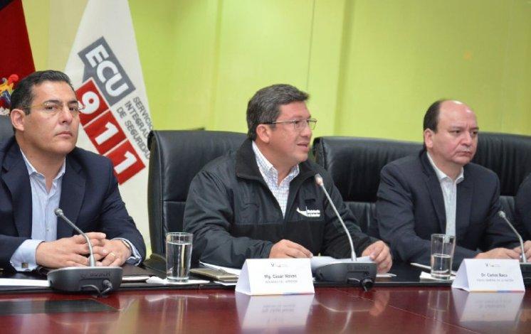 Ecuador declara el estado de excepción en dos ciudades tras una explosión que dejó 28 heridos DUlJWmxX0AARP9o