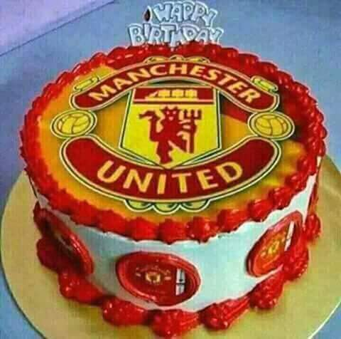 With the world best tactician... Jose Mourinho.  Happy Birthday BOSS