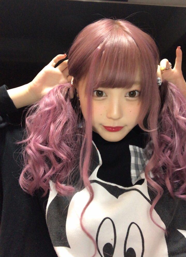 ピンク髪のふくれな