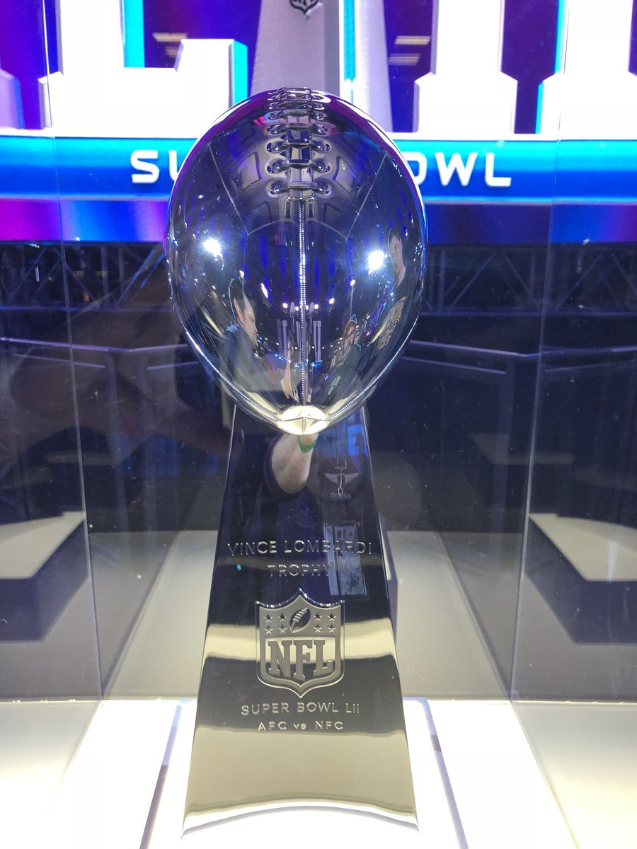Lombardi Trophy Arrives In Minneapolis FlyEaglesFly SuperBowl From DaileyDoc Tco XfnoEWEaNW