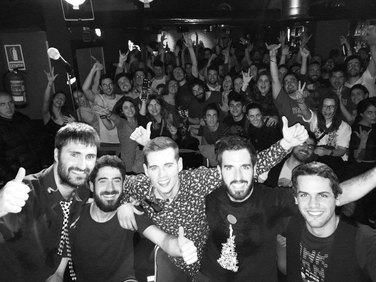 Bolazo y sold out ayer en Madrid con unos anfitriones de lujo. Gracias a @papawanda, Ciudadano Estándar y a todos los que bailastéis con nosotros. Un verdadero placer!!