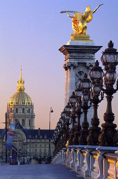Paris je t'aime !  - Page 4 DUqGfJcWkAApuUE