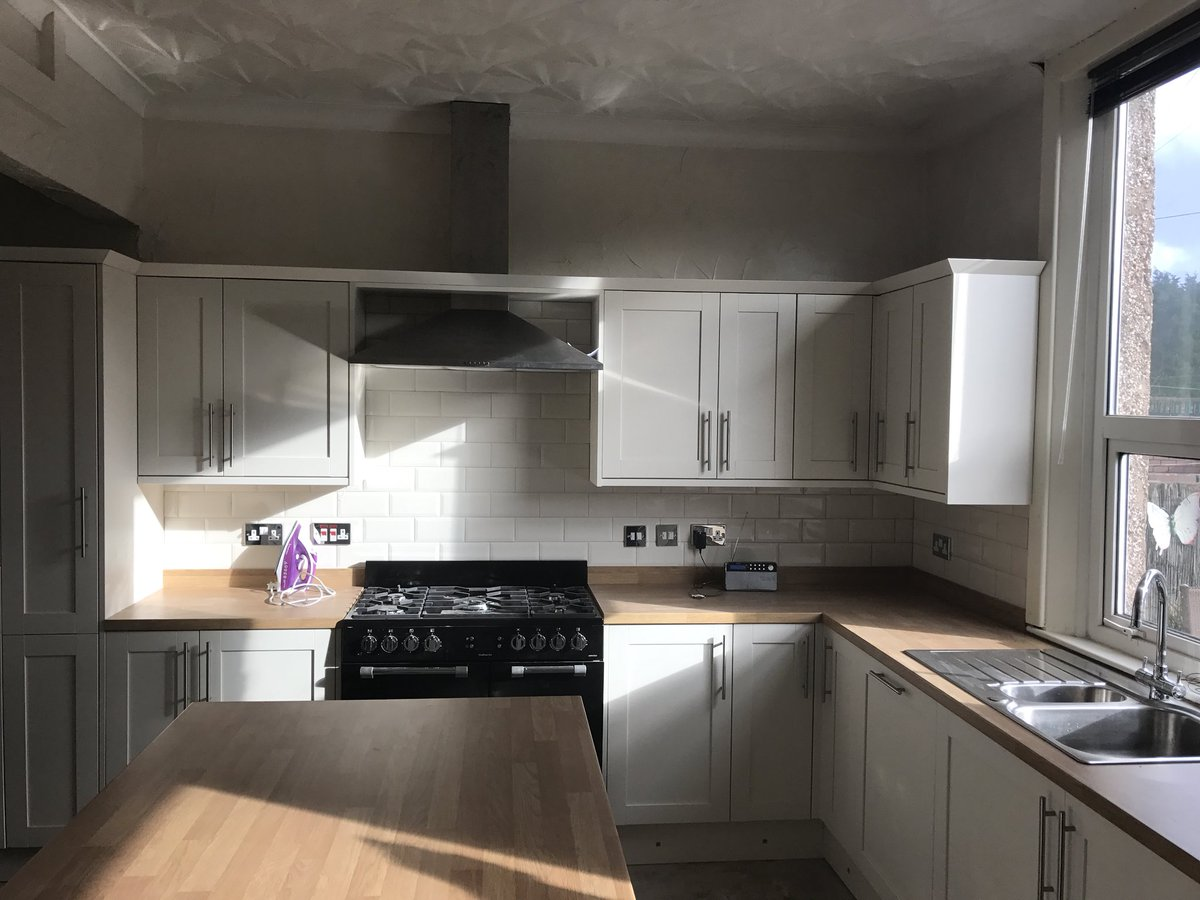 Are Howdens Kitchens Any Good Full Size Of Designer