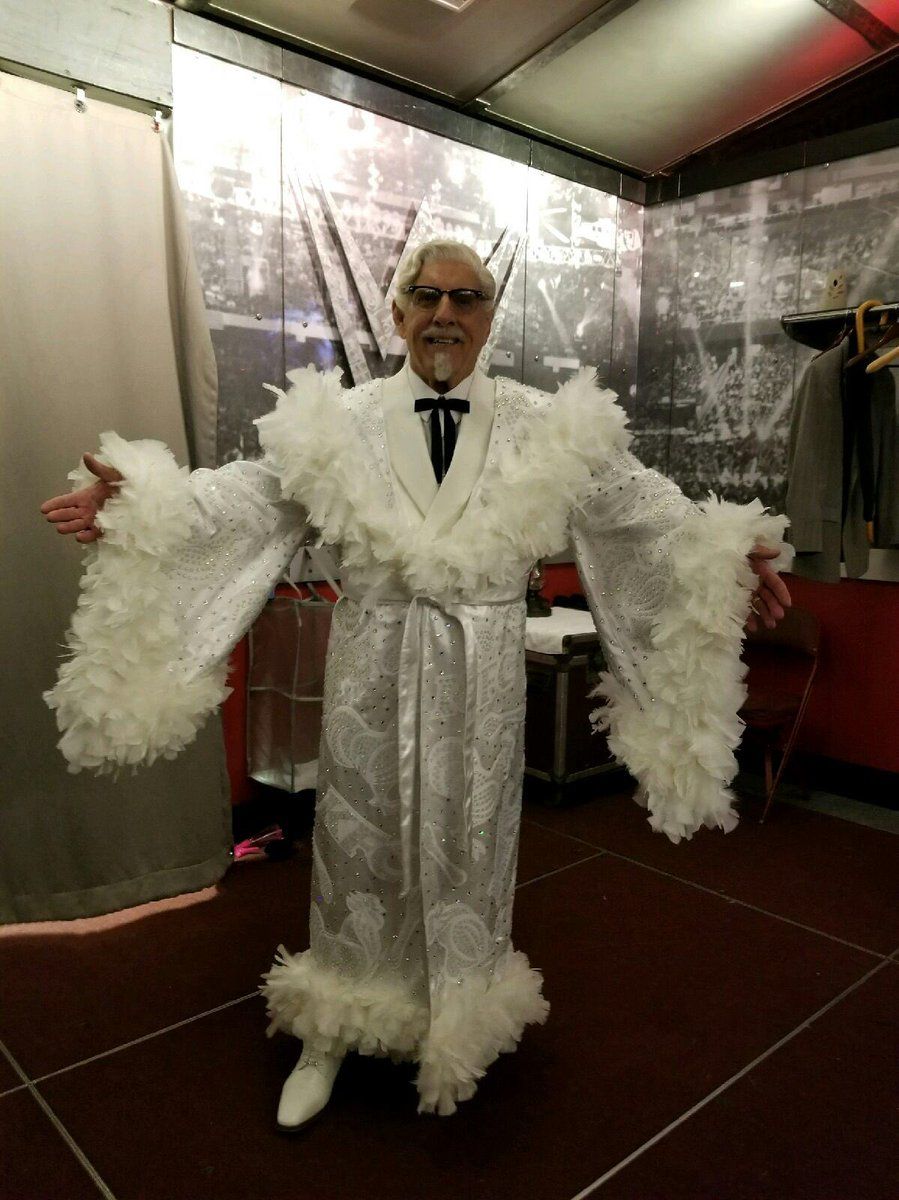 Ric Flair On Twitter The Colonel Is In The House Wooooo Royalrumble Wwe Wwenetwork Kfc