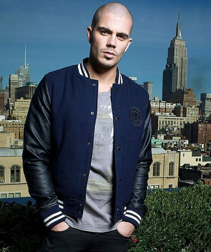 "Lindsey_TW_BABA ⛅ On Twitter: ""Happy #MaxMonday Everyone X…"