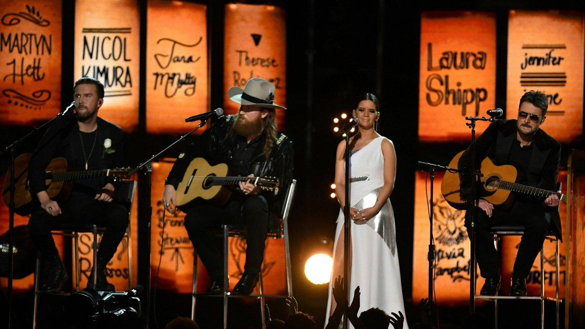 Maren Morris, Eric Church & Brothers Osborne Tribute Music's Lost Fans https://t.co/cvRCW6evdm #VegasStrong #Grammys