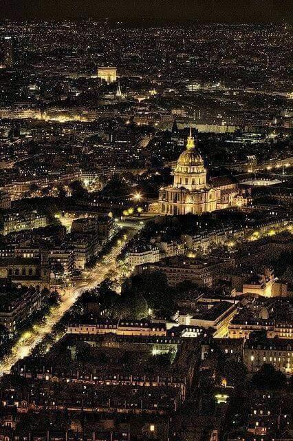 Paris je t'aime !  - Page 4 DUu15l_X4AEJ5WS