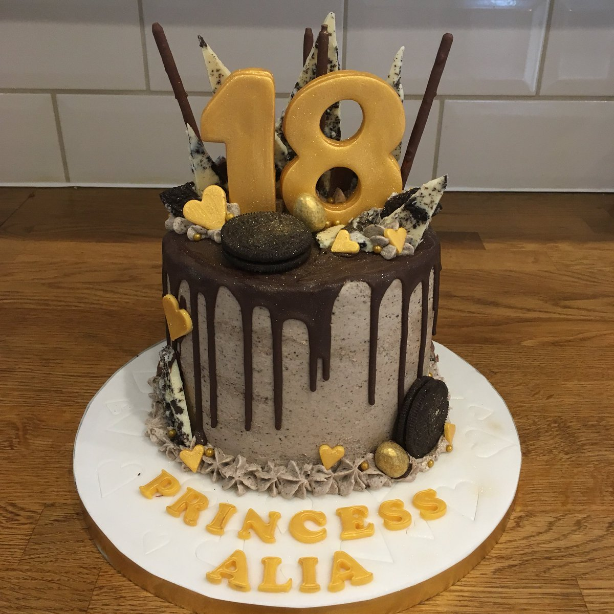 Jades Cakes on Twitter Oreo drip layer cake 18th birthday cake