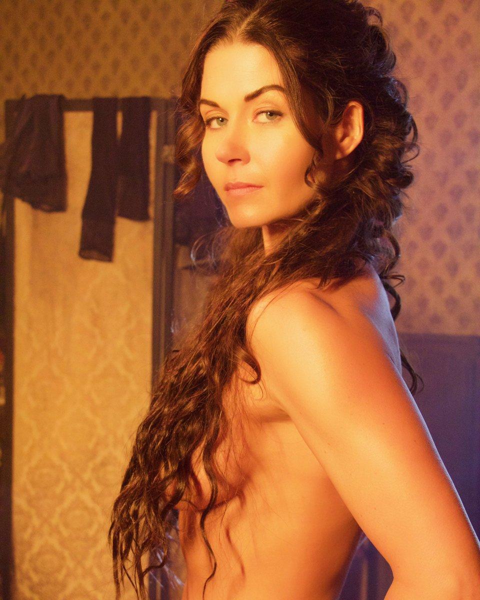 Stephanie Beran Nude Photos 5