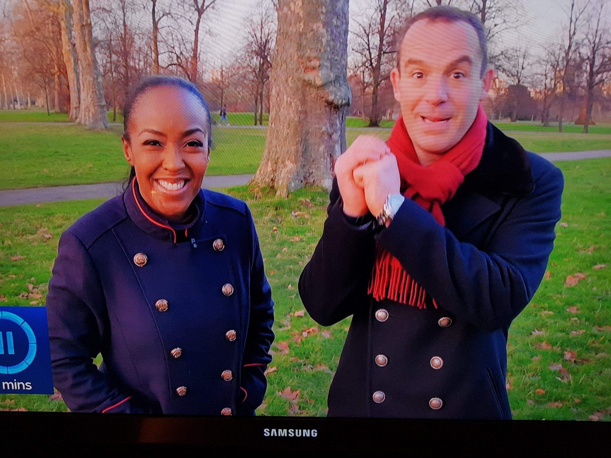 Bless them and their his and hers coats 🤣 @angellicabell @MartinSLewis @itvMLshow https://t.co/2LcKQzeo1Q