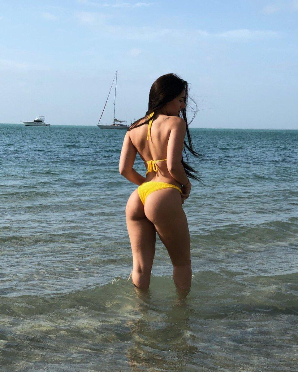 Beach angie varona Angie Varona