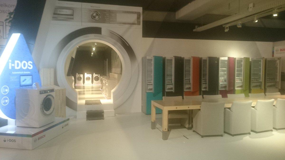 Bosch Vario Style Kühlschrank : Bosch vario style u der kühlschrank der die farbe wechseln kann