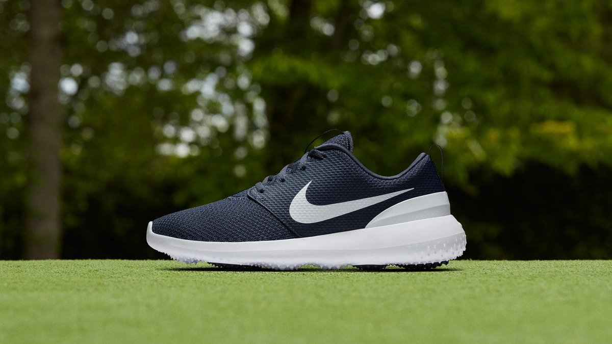 Really like the @NikeGolf #Roshe Golf shoes, available Feb. 1. Read more:  http://www.eighteenunderpar.com/nike-roshe-g/ #NikeGolf  #JustDoItpic.twitter.com/ ...