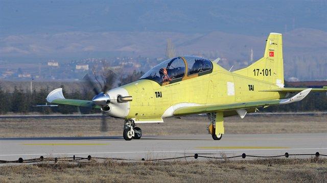 طائرة التدريب التركية HURKUS-B تجتاز المرحلة الأولى من الاختبارات DUyFV06WAAAfjrH