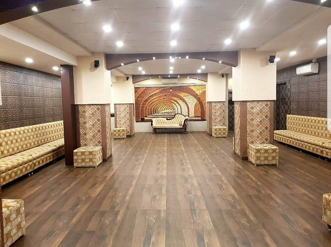 Lucky Party Hall Chembur Capacity Upto 70 People Luckycatering Catering Wedding Partyhall Luckyrestaurant Luckybiryani Biryaniking Biryani