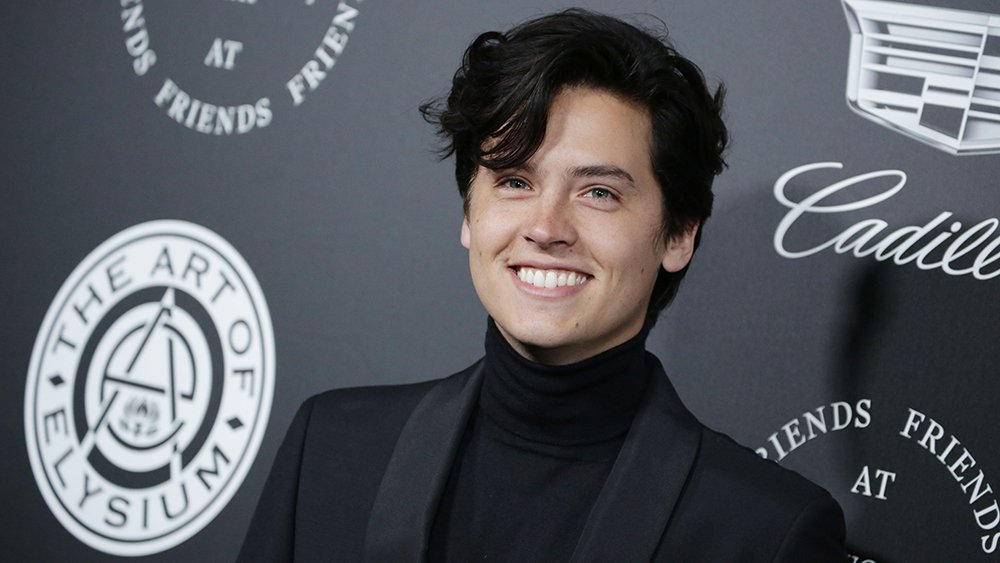 #Riverdale star @colesprouse joins romance drama 'Five Feet Apart' bit.ly/2DNk6pT