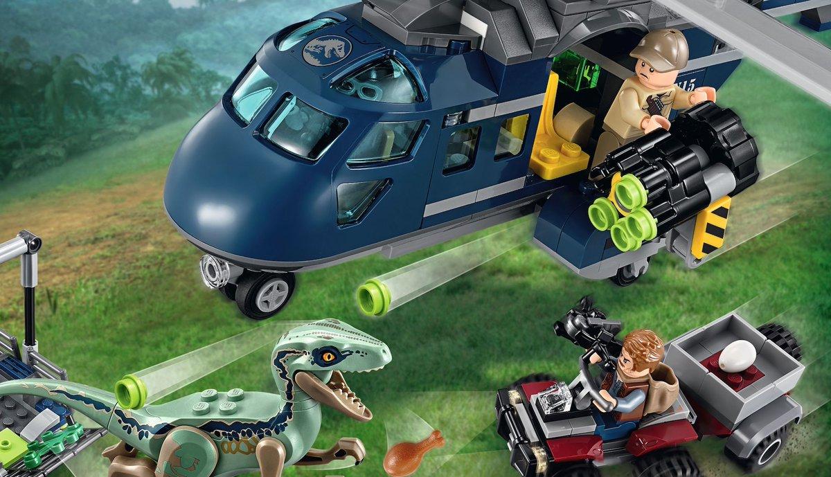 EXCLUSIVE: @LEGO_Group sets offer a peek inside @JurassicWorld #FallenKingdom https://t.co/MSSmoDkuC9
