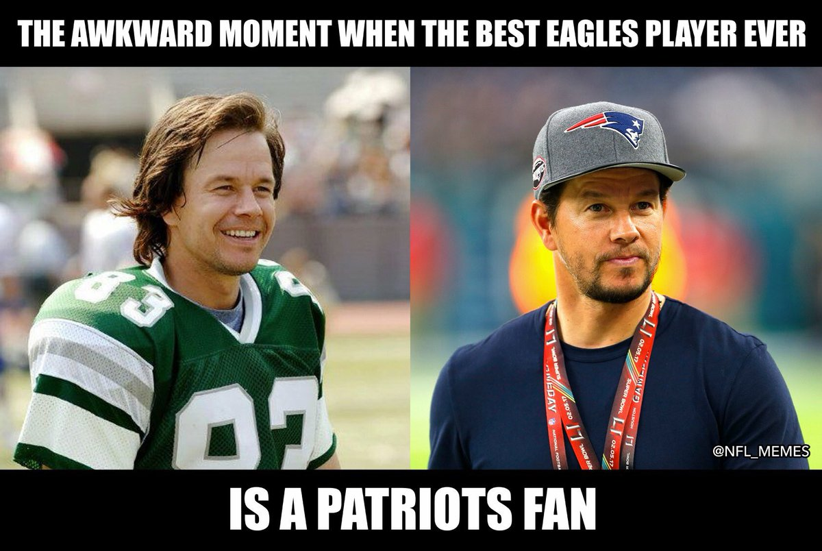 DUzfMWPVoAA0oaL - The Most Hilarious Super Bowl Memes