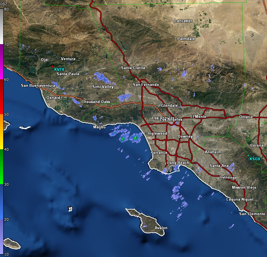 Some light showers currently moving north across #LosAngeles and #Ventura counties. #larain #cawx