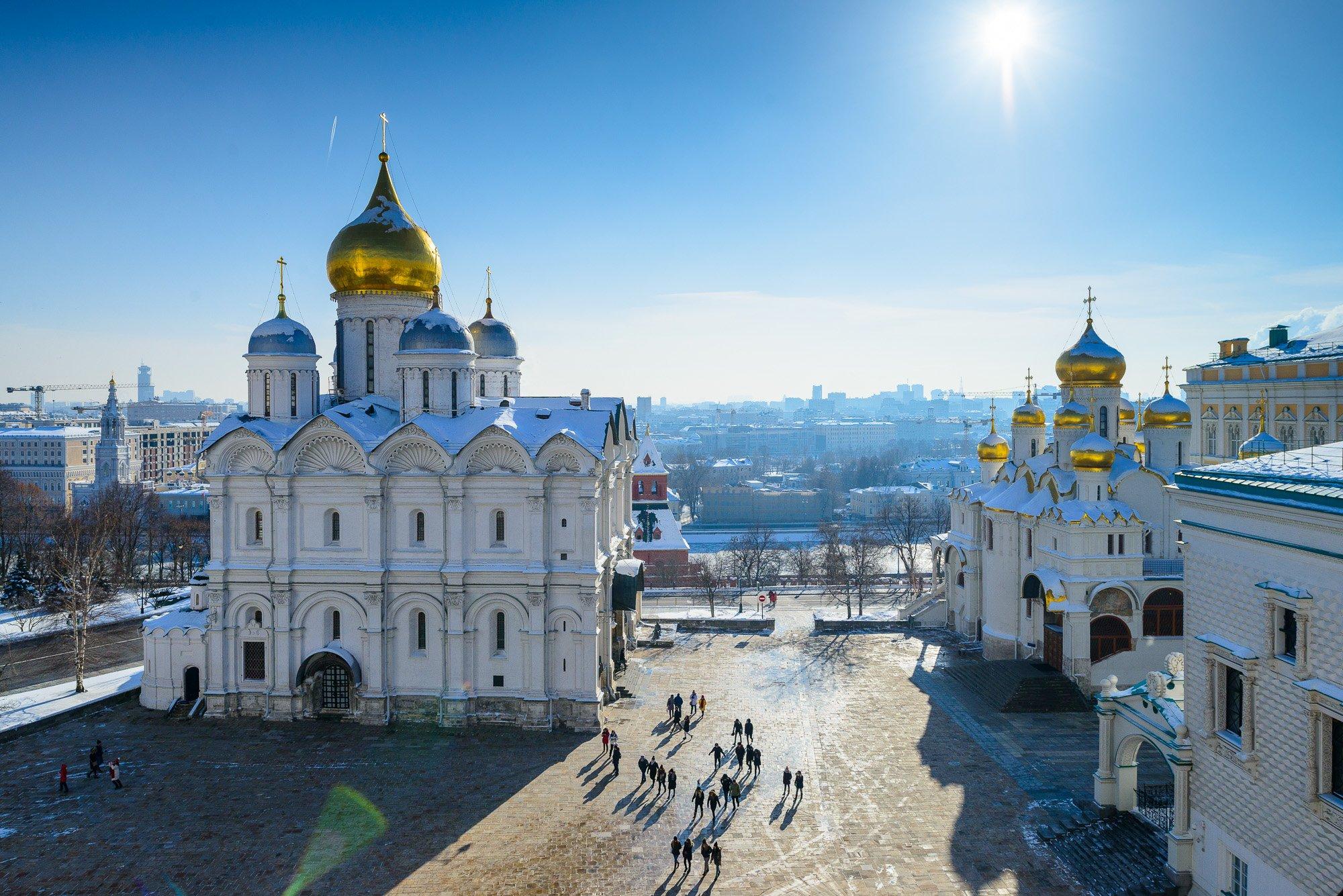 территория кремля фото подойдет