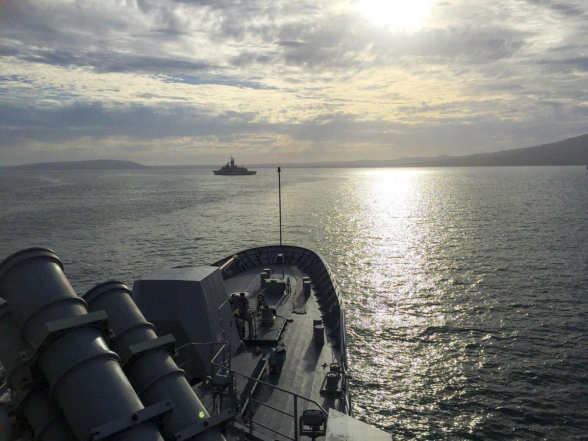 #POTD by Commander Stu Watters  HMAS Too...