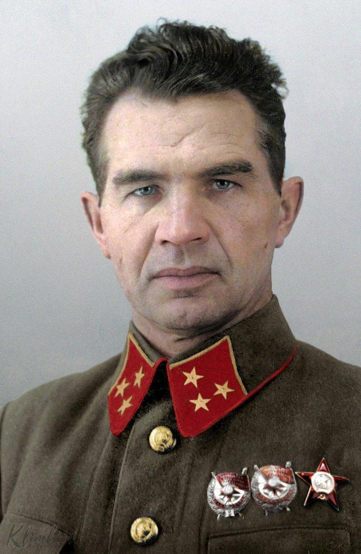 Василий Чуйков: тот cамый генерал, который отстоял Сталинград
