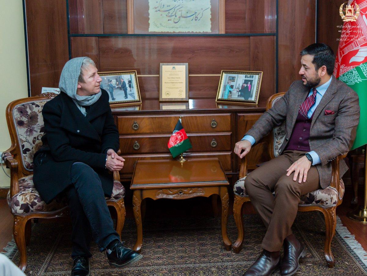 ملاقات معین اداره و منابع  وزارت امور خارجه با رئیس کمیته بین المللی صلیب سرخ (ICRC) در ا�غانستان go.mfa.af/icrc4db2