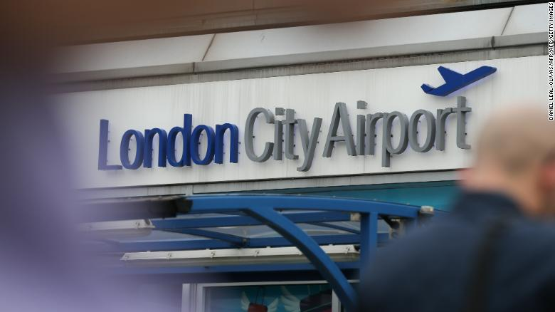 "Cnn World News Twitter: CNN International On Twitter: ""London Airport Closed After"