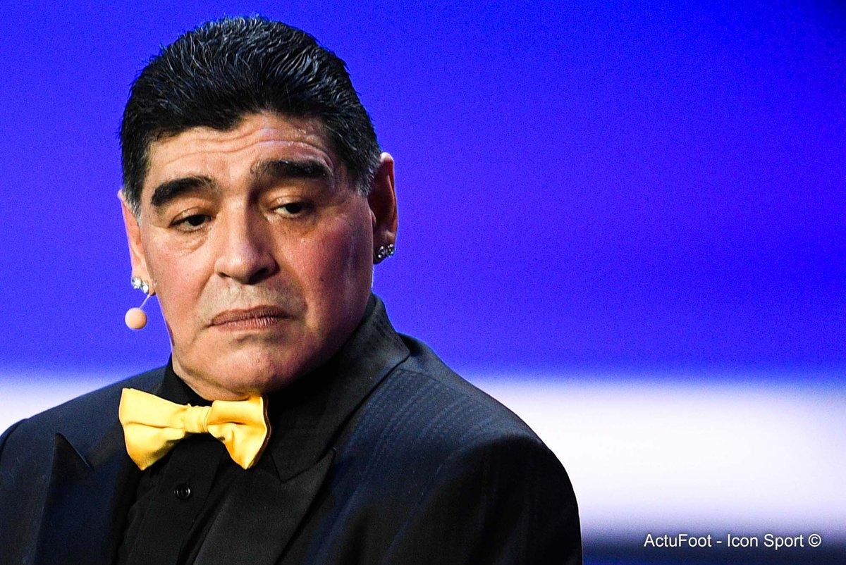 Maradona: 'Aujourd'hui, à part Messi, le respect du maillot de la sélection s'est perdu. L'autre jour, je demandais à Di Maria quel était son rêve et il m'a dit qu'il voulait remporter la LDC plus que tout. Et la Coupe du monde avec l'Argentine, je lui ai demandé. Pas de réponse'