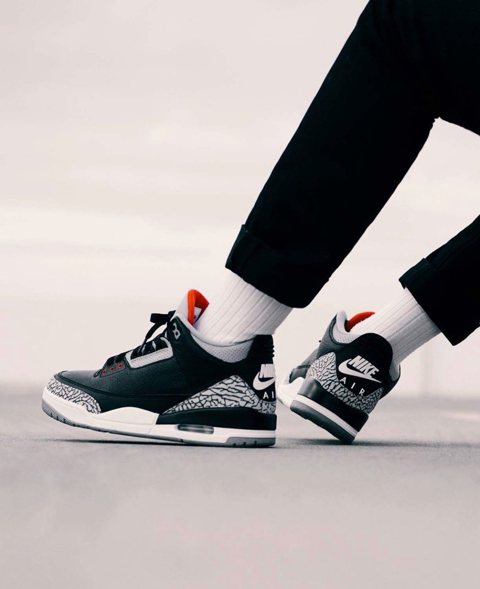 3ce1988ddbadd4 Keep it locked for updates all week long. http   kicksdeals .ca news 2018 air-jordan-3-black-cement-releasing-february   …pic.twitter.com E700OPKpgR