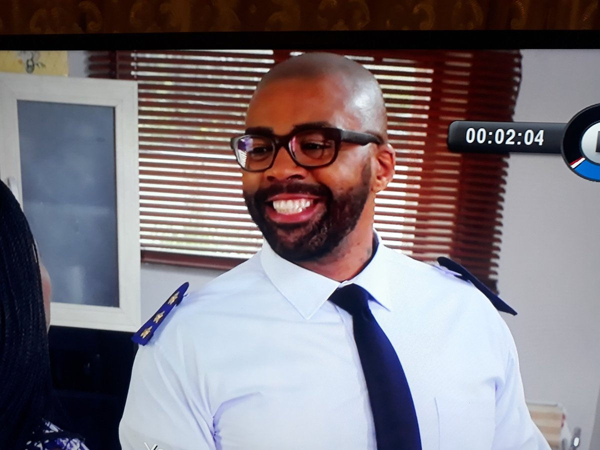 This smile kills me 😂😂😂 #TheQueenMzansi...