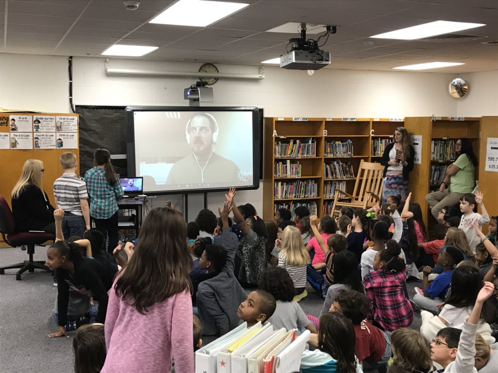 Thank you Dr. Caravaggi for spending time with out Third Grade!  They learned a great deal @MrsPhillipsLMS @TechTeachVB @PWhiteOaksES @CardwellTeachMe @2ndGradeLife @thonoir @MsWherrell @BeachSupe  @DJHubbell @Mrs_CAltman @hdwade15<br>http://pic.twitter.com/eIJ7LY1XAr