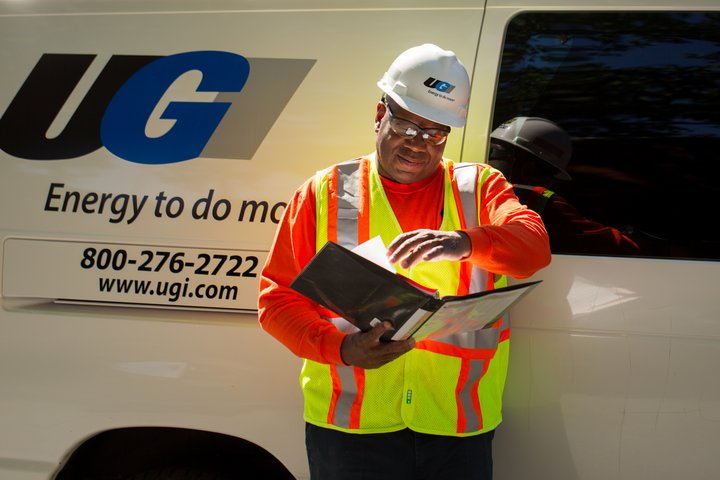test Twitter Media - Beware of scams and people posing as utility workers. UGI meter readers and other UGI representatives routinely wear blue uniforms with a UGI logo and drive marked, numbered vehicles. If you are suspicious about a person's ID or activities, call us at 800-276-2722 to verify. https://t.co/bJcE1Ttniu