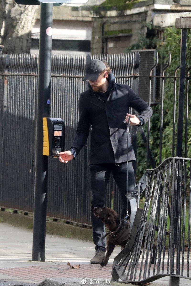 Tom Hiddleston Mex's photo on Tom North