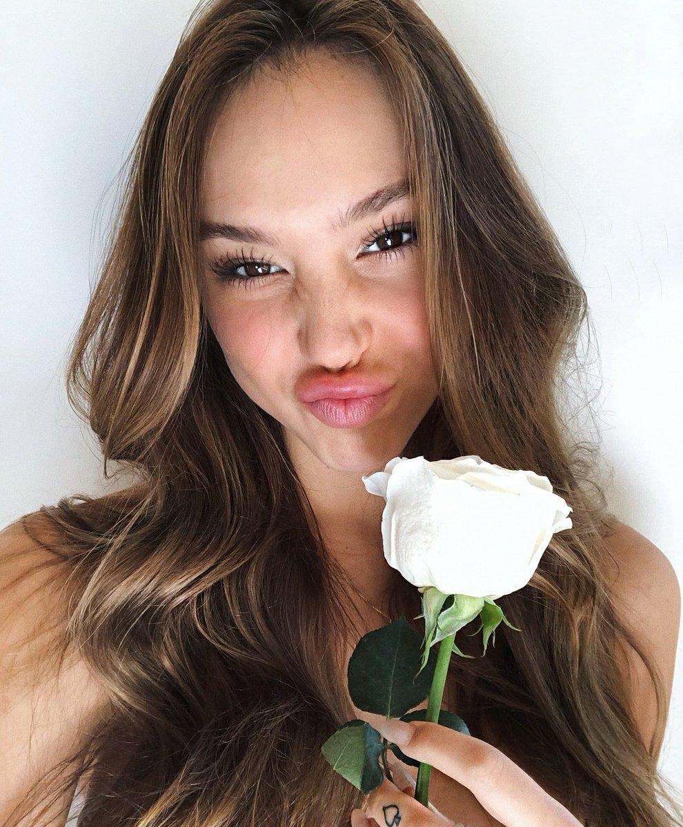 Is a cute Alexis Ren nude (29 photo), Pussy, Fappening, Selfie, butt 2015