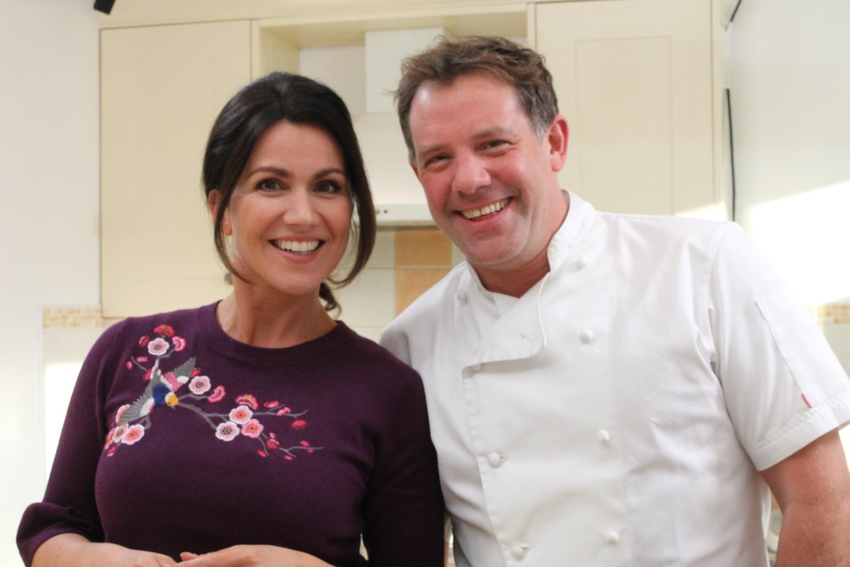 TONIGHT! ITV 7.30pm EXTRA SERVING of #SaveMoneyGoodFood with @matt_tebbutt and me #GoodFood #Recipes #Tips https://t.co/7zVfAbGHEZ