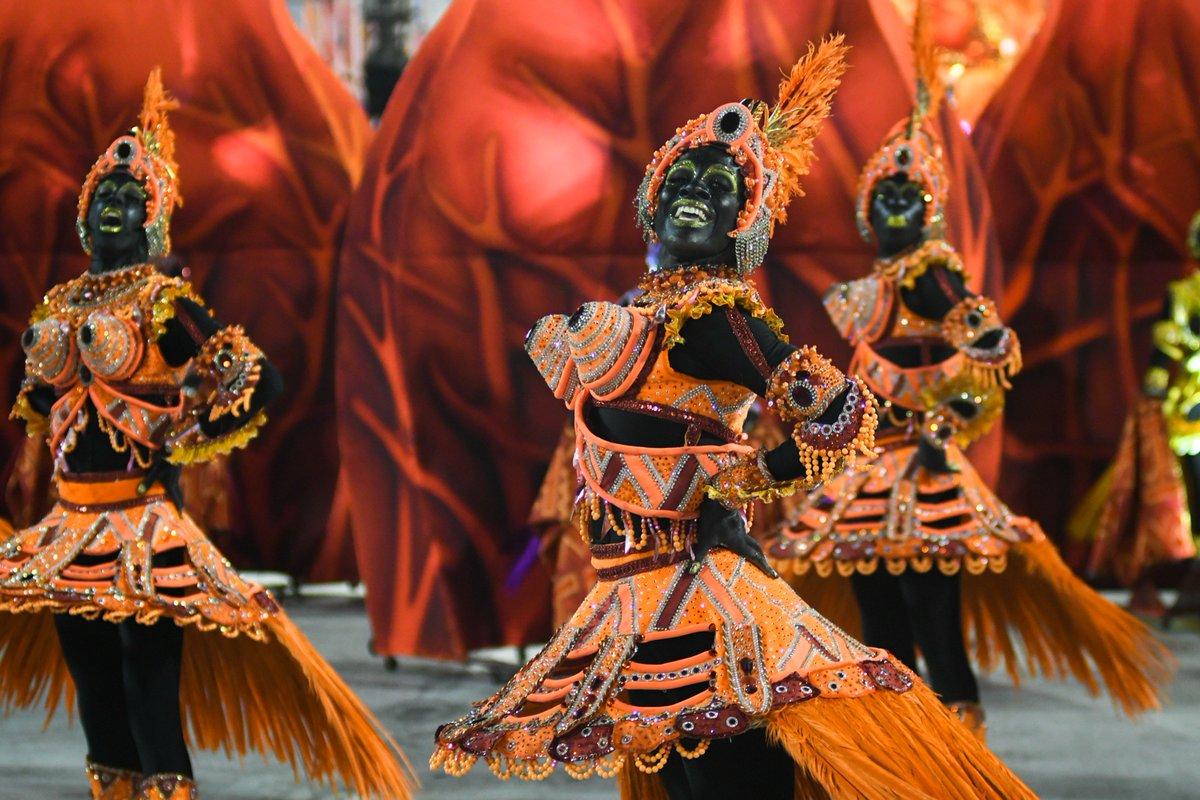 Salgueiro ganha Estandarte de Ouro de Melhor Escola do Rio https://t.co/3ENEf3tsU2 #G1 #Globeleza #carnaval #RJ
