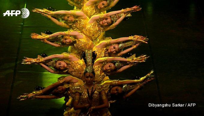 Aktuelle Nachrichten von AFP news agency - Chinese dancers perform ...