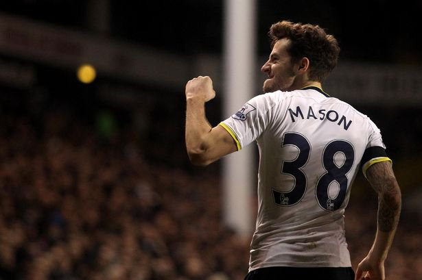 Devastated to hear that @RyanMason has announced his retirement from football. Forever one of our own. Now get him a coaching role, @SpursOfficial 💙 #COYS