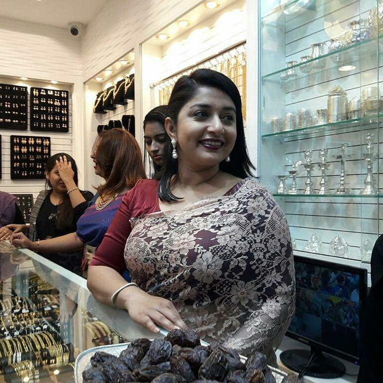 Meera jasmine boob pic 106