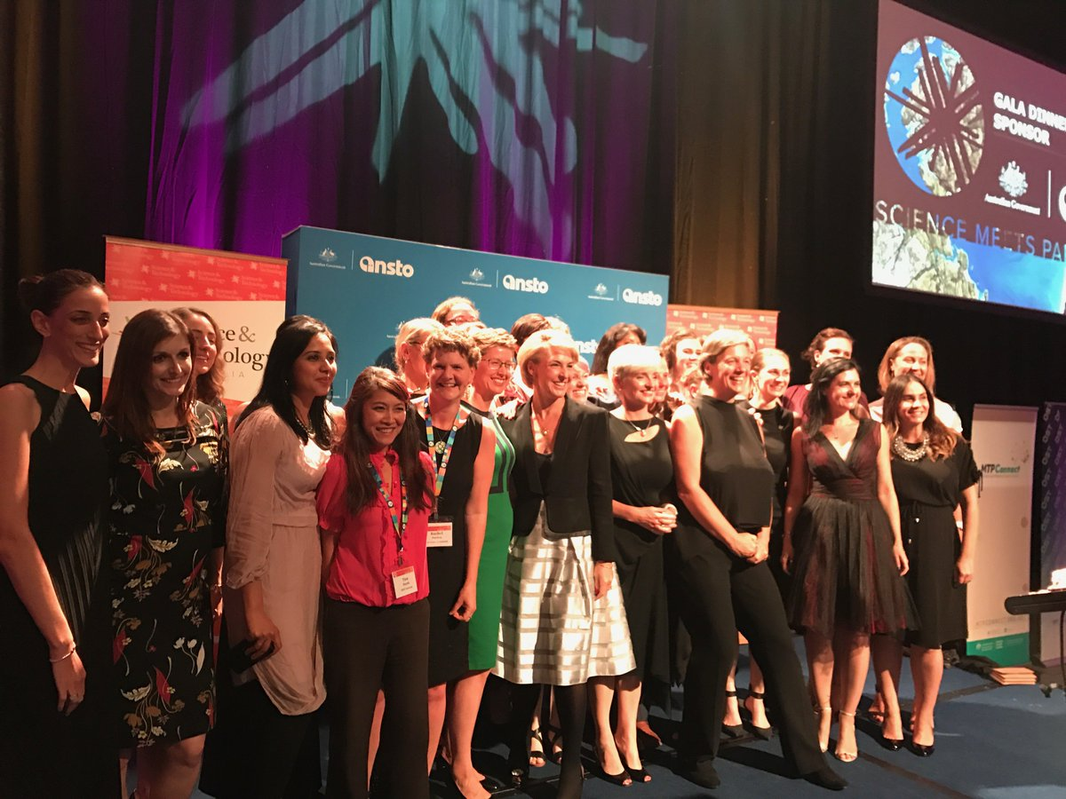 Australian Academy Of Science On Twitter Ausoftheyear Professor Michelle Simmons Faa And Senatorcash With Superstarsofstem At Scienceau Smp2018 Dinner