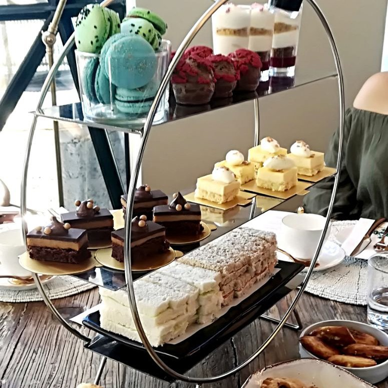 ✔ Tea Pinkies ✔ Cucumber Sandwiches ✔ High Tea Done Right  @TheSiloHotel https://t.co/vh3mqUzrzz