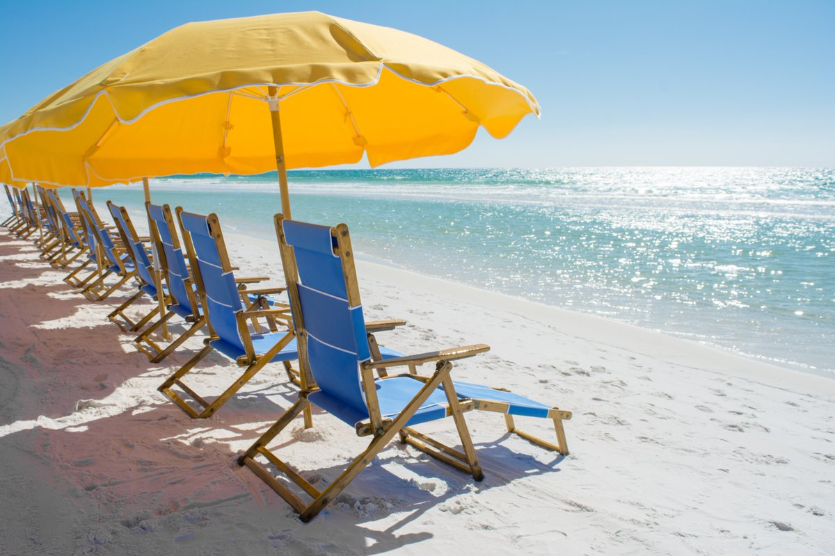 A8 Two Words. The. Beach. #FLTravelChat...