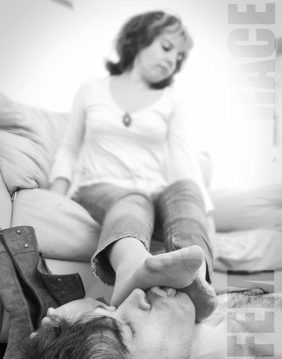 #socks #footslave #smellyfeet #pantyhose...