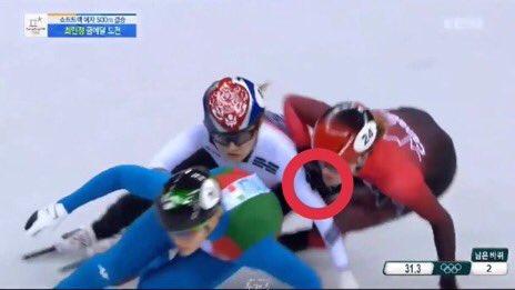 #최민정선수 #olympics2018 #PyeongChang2018  w h y is choi minjung getting a penalty when kim boutin pushed her? are the judges and refs blind or what?<br>http://pic.twitter.com/bZzMUgCu7v