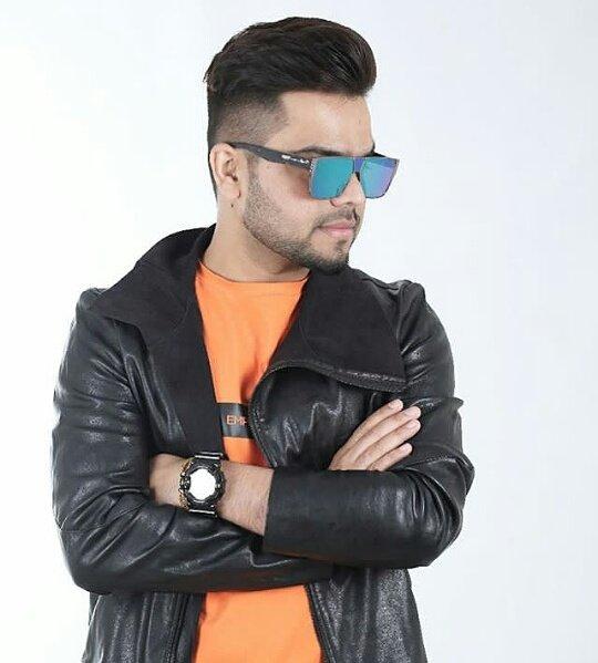 Akhil Punjabi Singer Hairstyle Pics Best Wallpaper